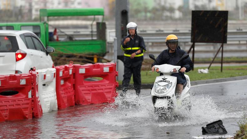 "Tropensturm ""Pakhar"" wütet über Südchina"