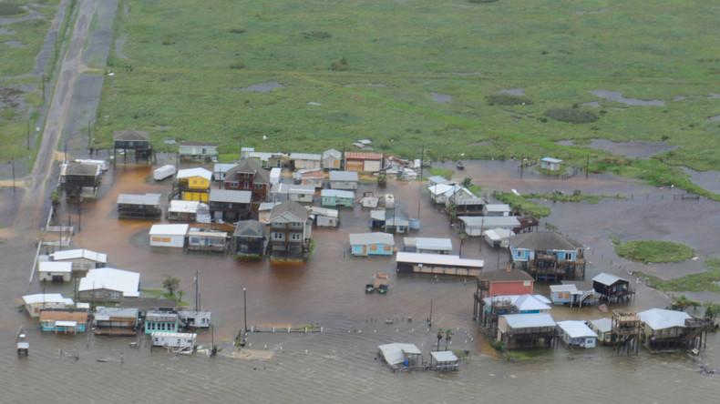 """Verwüstung infolge des Hurrikans """"Harvey"""" im Süden von Texas"""