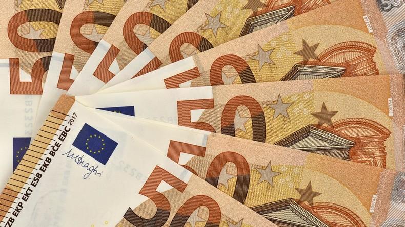 Bericht: In Deutschland arbeitende Migranten schickten 2016 über 4 Milliarden Euro in Heimatländer