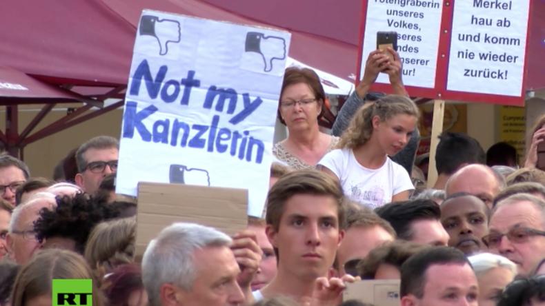 Wahlkampf unter Protesten: Merkel auch in Fulda ausgebuht und ausgepfiffen