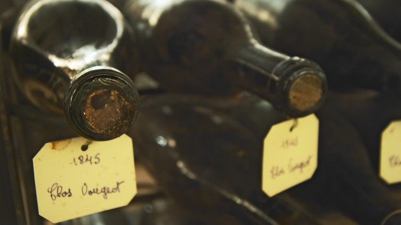 Pariser Katakomben-Diebe stehlen über 300 Flaschen edler Weine im Wert von mehr als 250.000 Euro
