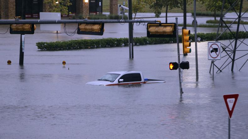 Houston, wir haben ein Problem: Tropensturm Harvey wird zur Sintflut [TIME-LAPSE VIDEO]