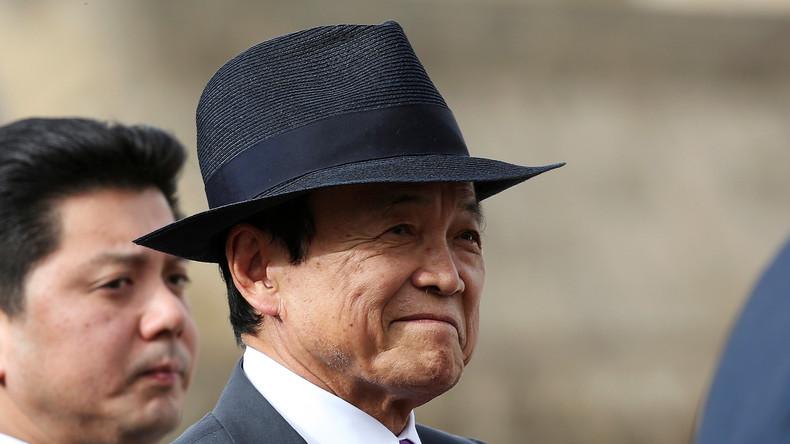 """Nazis zum Vorbild: Japanischer Finanzminister lobpreist Hitler für seine """"richtigen Intentionen"""""""
