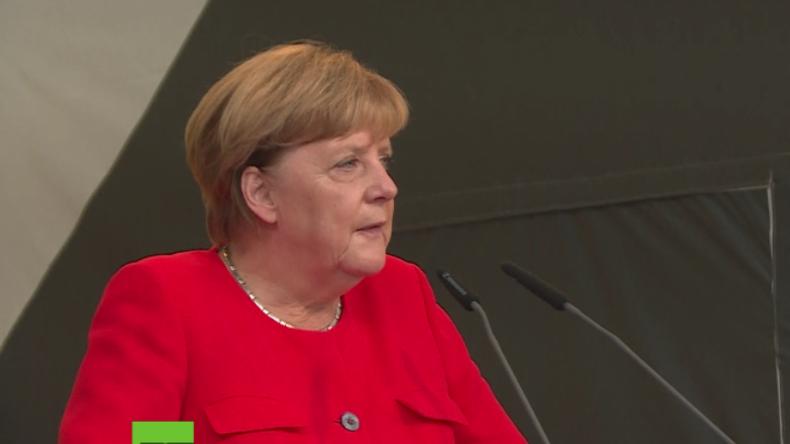 Wahlkampf: Kaum zu hören – Massives Pfeifkonzert bei Merkel-Auftritt in Brandenburg