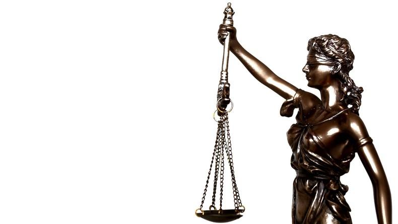 Blinde Justiz: Sehbehinderter lädt Kinderporno herunter und wird angeklagt