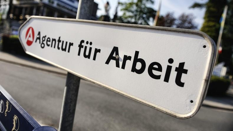 Niedrigster Wert seit Wiedervereinigung: 2,545 Millionen Arbeitslose im August verzeichnet