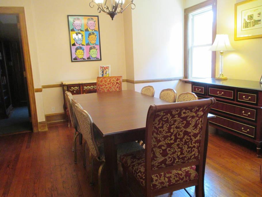 Elternhaus von US-Präsident Donald Trump wird auf Airbnb vermietet [FOTOS]