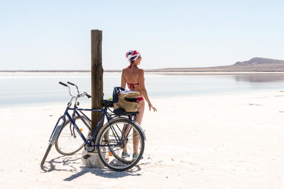 Etwas für die Gesundheit: Die heilsamen Schlamm- und Salzbäder ziehen viele Touristen an. Hochsaison ist im Sommer und Herbst.