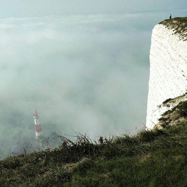 Gaswolke verursacht bei Hunderten Briten brennende Augen und gereizte Atemwege [VIDEO, FOTOS]