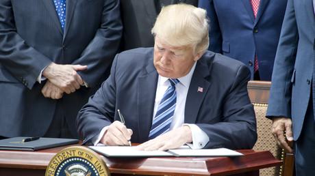 Nachrichtenagentur: Trump unterzeichnet Gesetz über antirussische Sanktionen