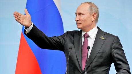 Wladimir Putin gibt seine Pressekonferenz nach dem G20-Gipfel am 8. Juli 2017 in Hamburg.