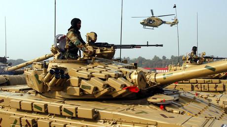 Symbolbild - Indische Truppen bei Armeeparade in Neu-Delhi, Januar 2011