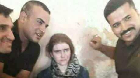 Linda W. nach ihrer Festnahme durch irakische Truppen in Mossul