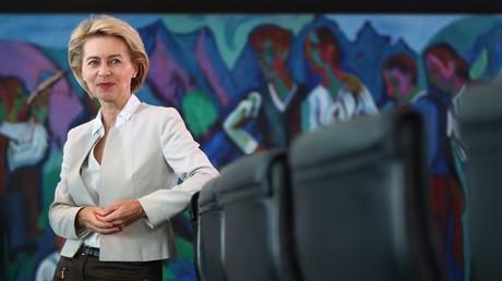 Die Verteidigungsministerin Ursula von der Leyen im Bundeskanzleramt, Berlin, Deutschland, 2. August 2017.