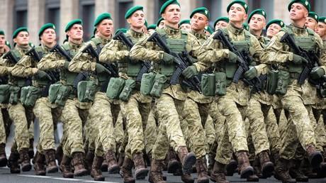 Parade ukrainischer Streitkräfte anlässlich des 25. Jahrestages der Unabhängigkeit  am 24. August 2016 in Kiew.