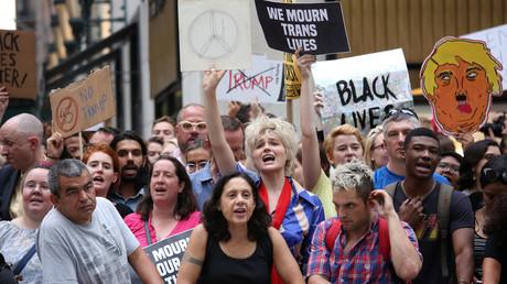 Proteste gegen den US-Präsidenten vor seinem Penthouse in New York, 14. August 2015