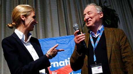 Die Spitzenkandidaten der AfD für den Bundestagswahlkampf Alexander Gauland und Alice Weidel.