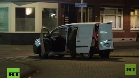 In dem verdächtigen Kleintransporter hatte die Polizei Gasflaschen entdeckt.