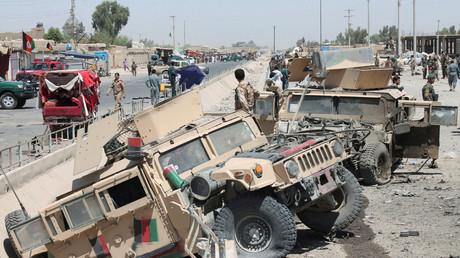 Durch Taliban zerstörte Humvees der afghanischen Armee in der Provinz Helmand