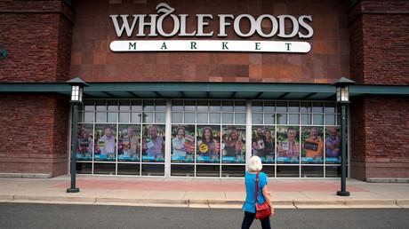 Whole Foods Market ist ein US-amerikanisches börsennotiertes Unternehmen und weltweit größter Betreiber einer Biosupermarktkette. Es wurde 1980 in Austin (Texas) von vier Geschäftsleuten gegründet. Nun wurde das Unternehmen von Amazon übernommen.
