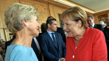 Vor wenigen Tagen gratulierte Bundeskanzlerin Angela Merkel der reichsten Verlegerin Deutschlands, Friede Springer, zu ihrem 75. Geburtstag, Berlin, 15. August 2017.
