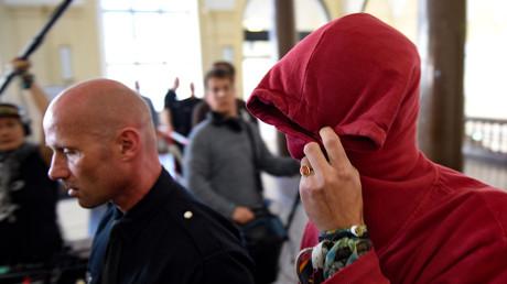 Erster Schuldspruch im Prozess zu G20-Revolten - Zwei Jahre und sieben Monate Gefängnis