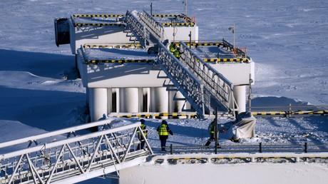Arbeiter der Flüssiggasanlage Jamal-LNG.