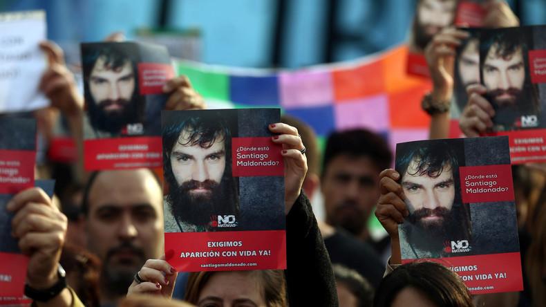 """""""Wo ist Santiago?"""": Tausende Argentinier fragen nach dem Verbleib eines verschwundenen Aktivisten"""