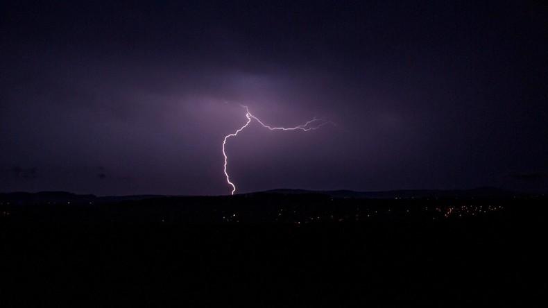 Blitz verletzt 15 Festival-Besucher in Frankreich