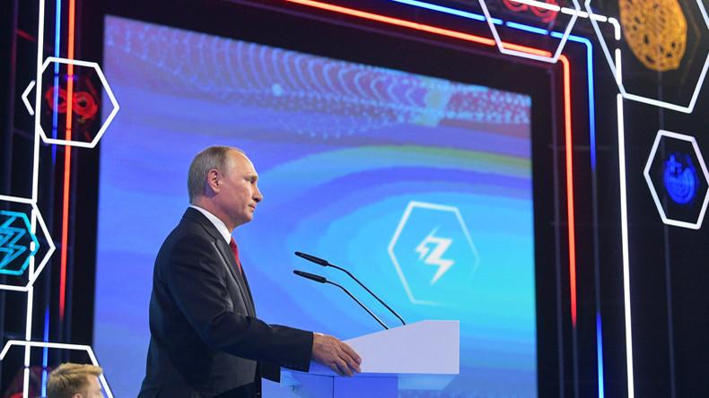 """""""Putins neue Cyber-Krieger für Weltdominanz"""": US-Medien zu Putins Ansprache zum Schuljahresbeginn"""