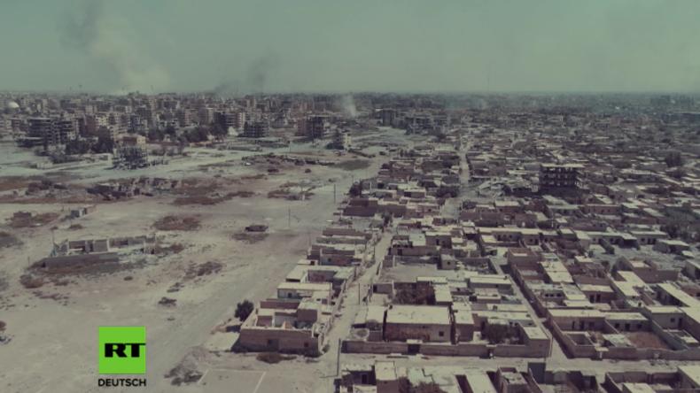 RT-Exklusiv aus Syrien: Drohne filmt massive Zerstörung in Rakka