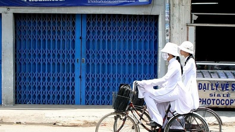 Vietnamesische Großstadt verbietet Beamten das Tragen von Jeans und T-Shirts im Dienst