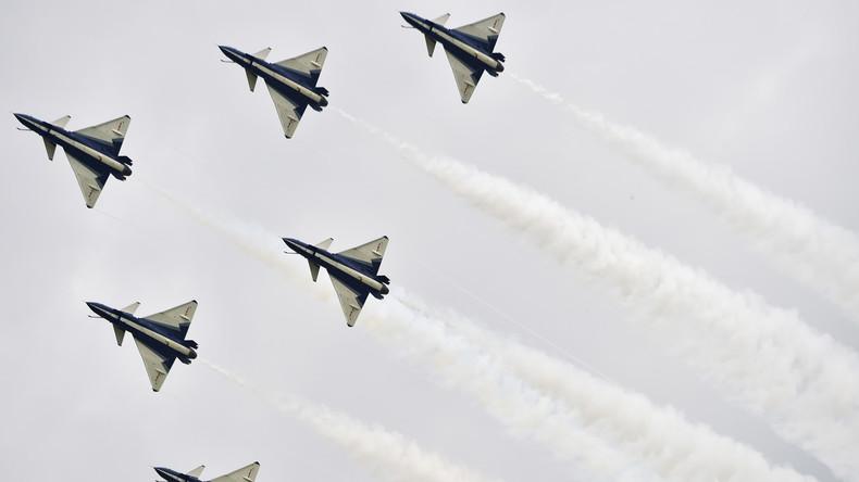 China bereitet sich auf einen möglichen Überraschungsangriff vor und fliegt Manöver nahe Korea