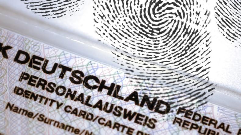 Auswärtiges Amt: Nach Trump-Wahl wollen mehr US-Bürger Deutsche werden