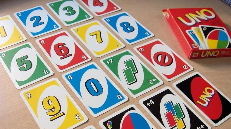 Kartenspiel Uno endlich auch für Farbenblinde