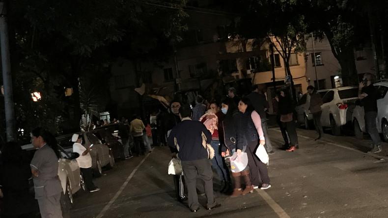 Augenzeugenvideos und erste Bilder nach dem Erdbeben in Mexiko