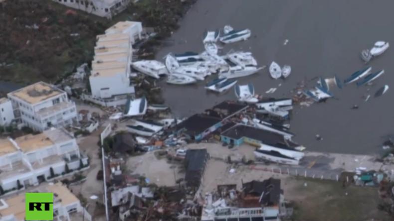 Pilot fliegt ins Auge von Hurrikan Irma, während am Boden Panik und Chaos herrschen [Videos]