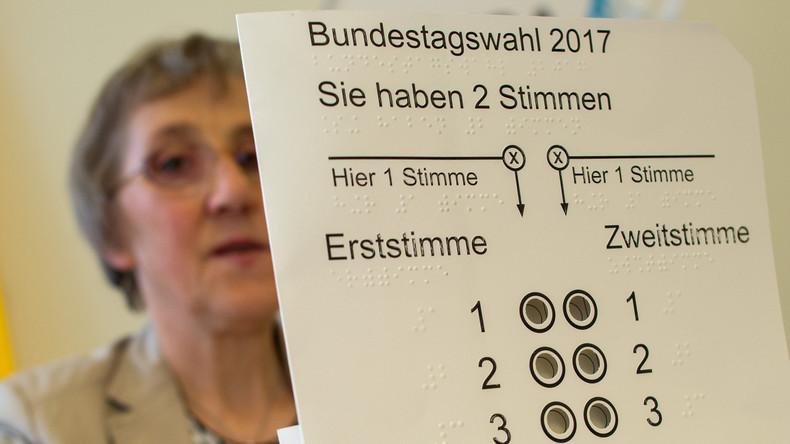 """""""Bundestagswahl"""" für Nicht-Deutsche: Zuwanderer stimmen in symbolischen Wahllokalen ab"""