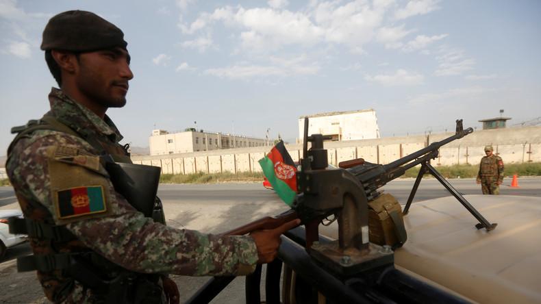 Afghanische Militärs töten 120 Extremisten