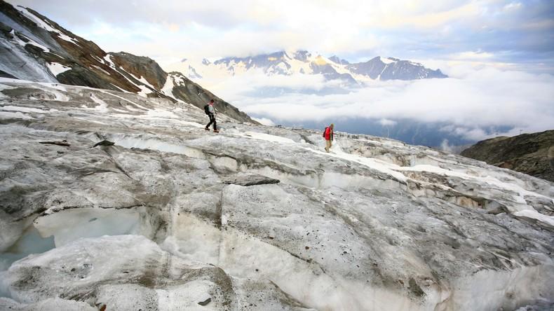Gletscherzunge bricht ab – Schweizer Polizei vermeldet keine Schäden
