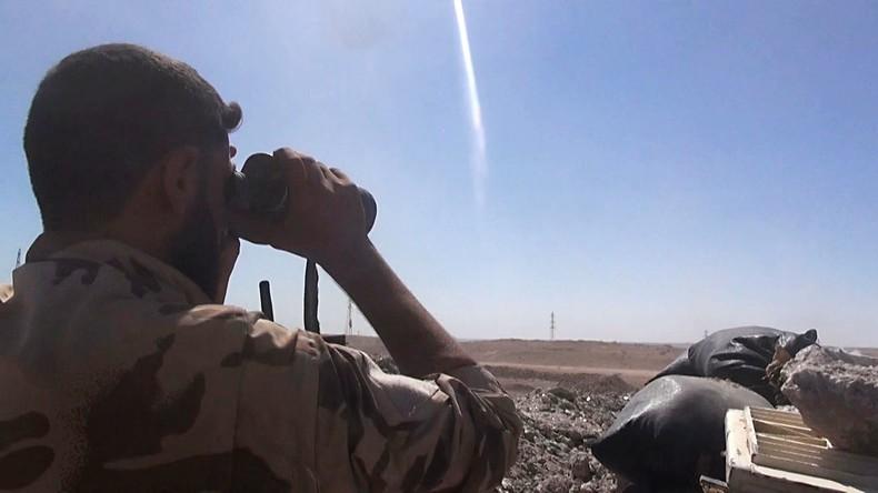 Syrische Regierungstruppen durchkämmen Gelände um Fliegerhorst Deir ez-Zor
