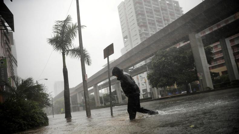 Meterhohe Sturmwellen erwartet: Hurrikan Irma verwüstet Florida