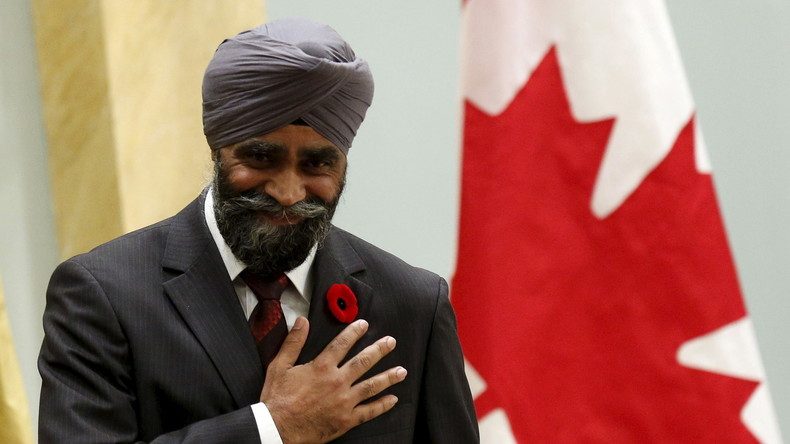 "Frau beschimpft kanadischen Sikh-Politiker: ""Ihr geht mit den Muslimbrüdern ins Bett""!"
