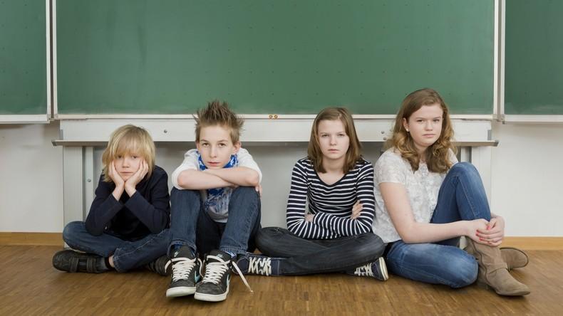 Christliches Ehepaar nimmt Sohn aus Schule, weil Jungen dort Mädchenkleidung tragen dürfen