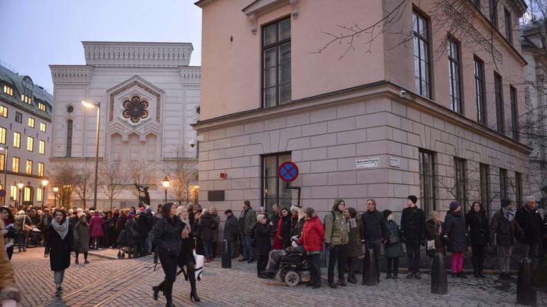 Schweden: Neo-Nazis dürfen an jüdischem Feiertag vor Stockholmer Synagoge aufmarschieren
