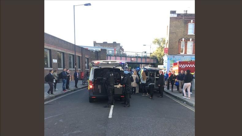 Explosion in Londoner U-Bahn: Britische Polizei stuft Zwischenfall als Terrorakt ein