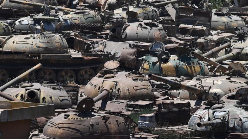 """Russische Kampfflugzeuge zerstören drei """"Panzerbomben""""-Werke in Syrien"""
