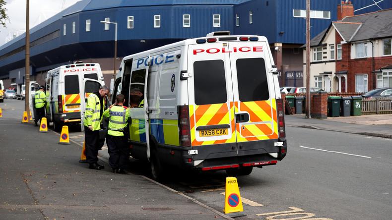 Nach Anschlag auf U-Bahn: Polizei durchsucht Wohnung nahe London