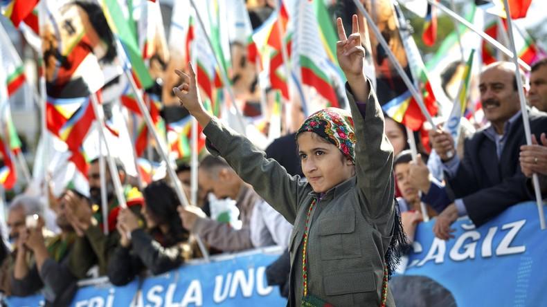 Ankara protestiert gegen Kurden-Fest in Köln und bestellt Botschafter ein