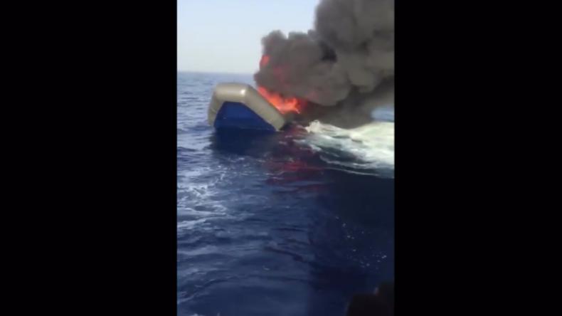 Libyen: Küstenwache soll angeblich Migranten-Boote im Mittelmeer verbrannt haben